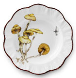 Champignon Soup Plate 8.5 in Round | Gracious Style