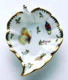 Spring in Budapest Yellow Butterfly, Grasshopper, & Ladybug Leaf Ring Dish 5 in | Gracious Style