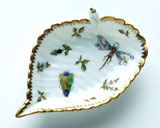 Spring in Budapest Bee, Grasshopper, & Ladybug Leaf Ring Dish 5 in | Gracious Style
