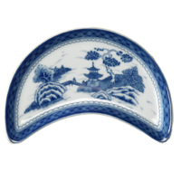 Blue Canton Crescent Salad Plate | Gracious Style