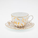 Olivier gold Tea saucer  | Gracious Style