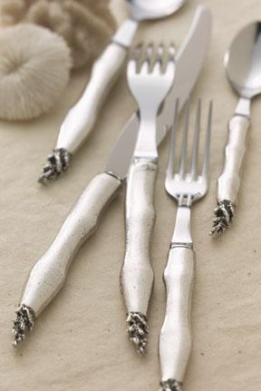 Coral Bone China Flatware | Gracious Style