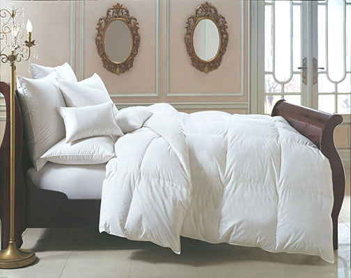 Best How to Select the Perfect Down Comforter | Gracious Style Blog YG76