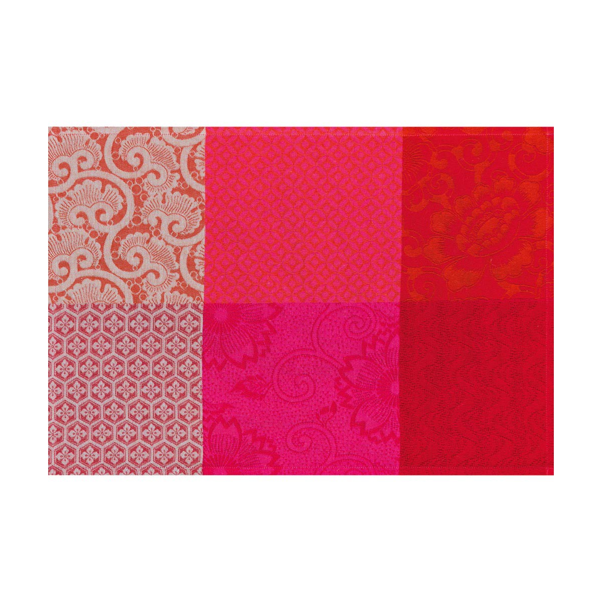 Le Jacquard Francais Kyoto Coated Cherry Rect 69 X 98 In Tablecloth ...
