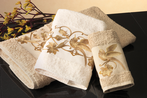 Anali's Nightingale Embroidered Bath Towels