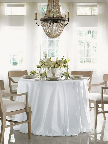 Sferra Acanthus Table Linens & Guide to Choosing Table Linens | Gracious Style Blog