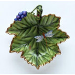 Giftware Accessory Dish With Grapes 6.5 in | Gracious Style
