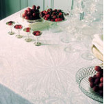 Isaphire Cristal Table Linens