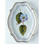 Giftware Oval Pierced Tray 10.5 in