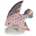 Fish Table Ornament 2.5 In H, Fishnet Raspberry (Pink)