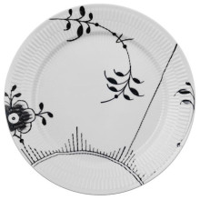 Black Fluted Mega Dinnerware | Gracious Style