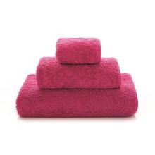 Egoist Bath Towels Fuchsia | Gracious Style