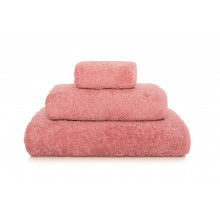 Long Double Loop Bath Towels Blush | Gracious Style