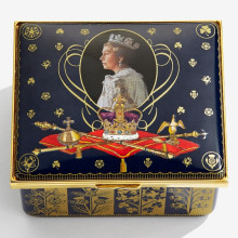Her Majesty Queen Elizabeth II 65th Anniversary of the Coronation Musical Enamel Box LE 65 plays 'Zadok The Priest'. George Frideric Handel (Special Order) | Gracious Style