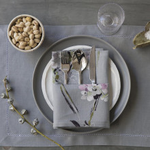 Amsterdam Stain-Resistant Care Standard Placemats White, Four | Gracious Style