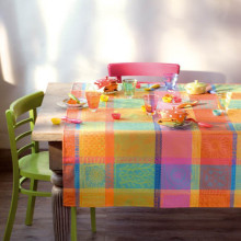 Mille Wax Creole Coated Stain-Resistant Damask Table Linens | Gracious Style