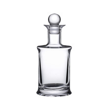 Jour Clear Wine Decanter | Gracious Style