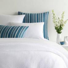 White Cap White Blankets | Gracious Style