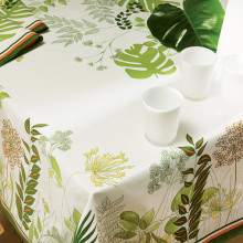 Agapanthes Green Stain-Repellent Print Table Linens