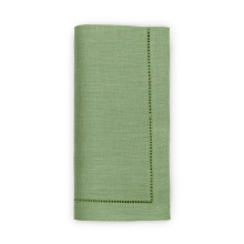 Festival Solid Clover Table Linens | Gracious Style