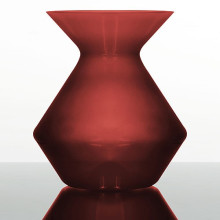 Spittoon 250 Red   Gracious Style