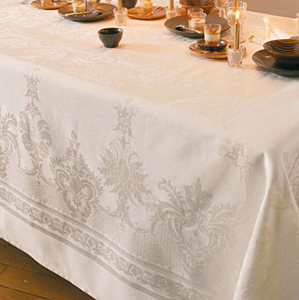 Beauregard Ivory Damask Table Linens | Gracious Style