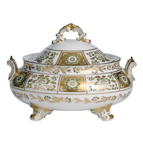 Derby Panel Green Covered Vegetable Dish 64.25 oz | Gracious Style