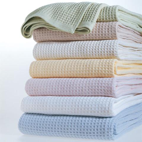 Kingston Waffle Cotton Blanket   Gracious Style