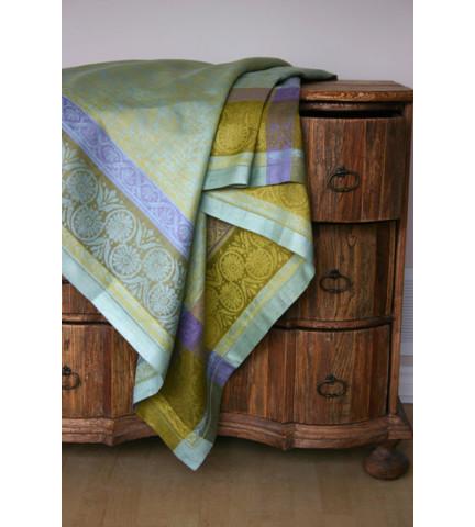 Linen Way Murano Seaglass Table Linens | Gracious Style}