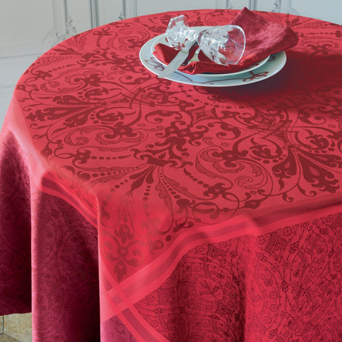 Cassandre Grenat Green Sweet Stain-Resistant Damask Table Linens | Gracious Style