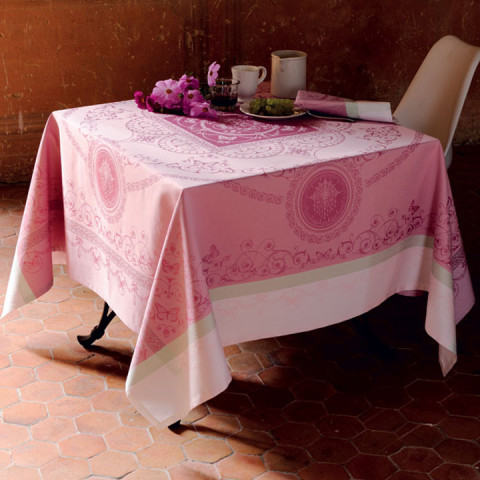 Eugenie Candy Green Sweet Stain-Resistant Table Linens | Gracious Style