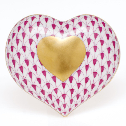 "Heart Of Gold 2.75""L X 3""W Fishnet Raspberry (Pink) 