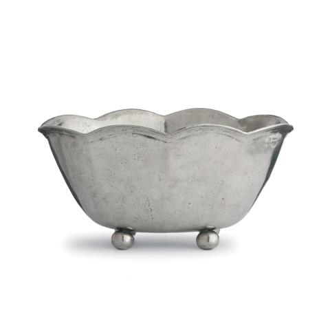 """Vintage Scalloped Bowl 11.5"""" L x 12.5"""" W x 6"""" H   Gracious Style"""