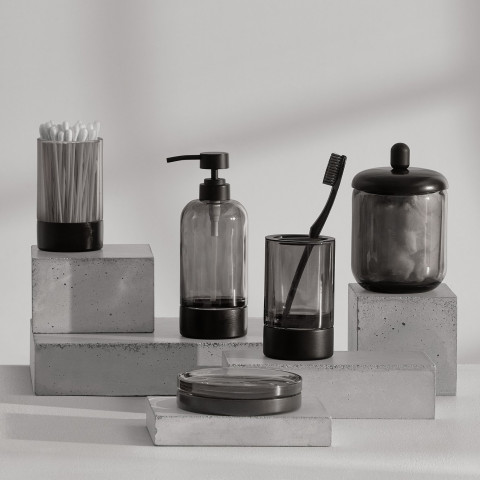 Oslo Bath Accessories | Gracious Style