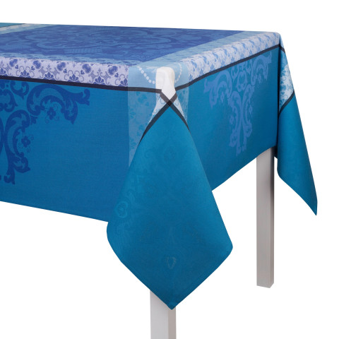 Azulejos Blue China Damask Table Linens | Gracious Style