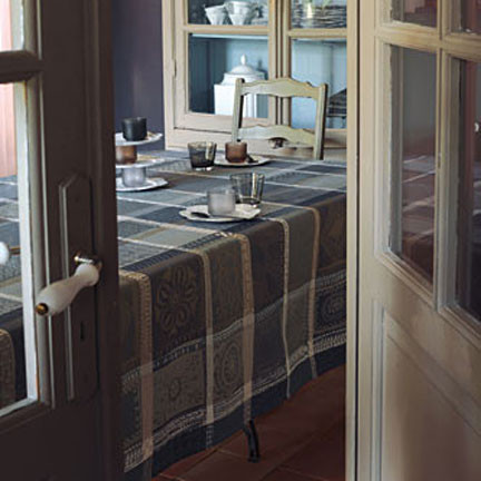 Mille Wax Cendre Coated Stain-Resistant Table Linens | Gracious Style