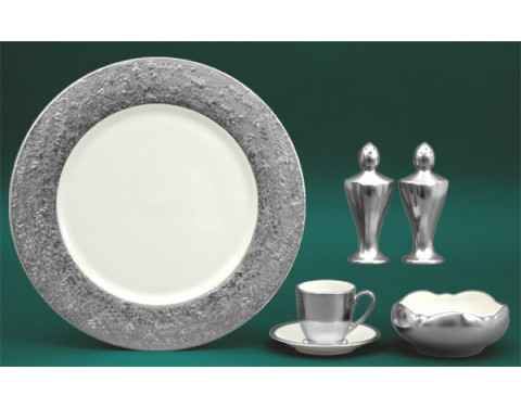 Metropolitan Platinum Ivory Dinnerware   Gracious Style