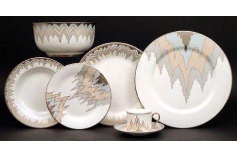 Pickfair Dinnerware | Gracious Style