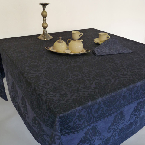 Grand Soir Col. 22 Navy Blue 67 x 118 in Tablecloth | Gracious Style