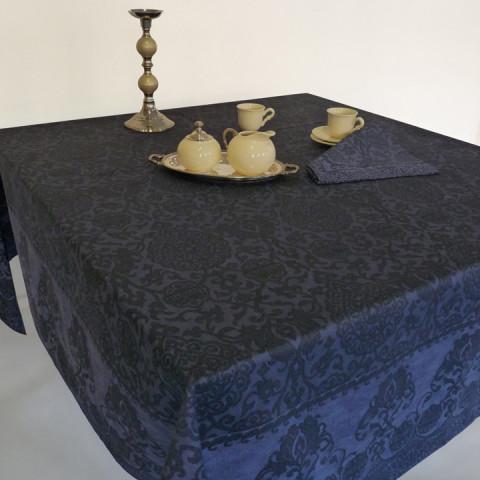 Grand Soir Blue Print Table Linens | Gracious Style