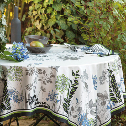Agapanthes Cotton Stain-Repellent Print Table Linens | Gracious Style