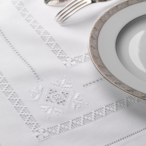 Renaissance White Embroidered Table Linens | Gracious Style